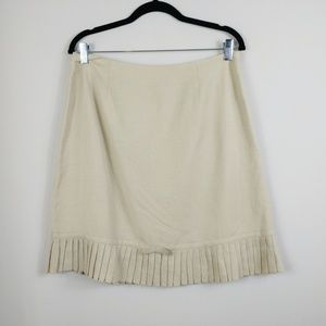 Larry Levine Pleated Linen/Rayon Blend Skirt